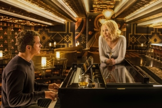 Jennifer Lawrence and Chris Pratt in Passengers Film - Obrázkek zdarma pro Widescreen Desktop PC 1600x900