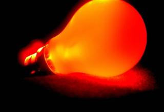 Orange Lamp - Obrázkek zdarma pro HTC Desire 310