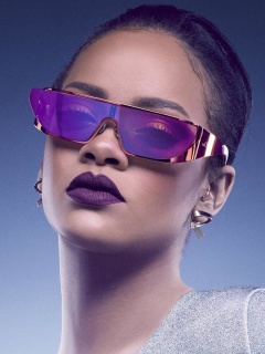 Screenshot №1 pro téma Rihanna in Dior Sunglasses 240x320