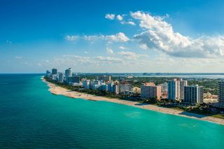 South Beach in Miami - Obrázkek zdarma pro 1366x768