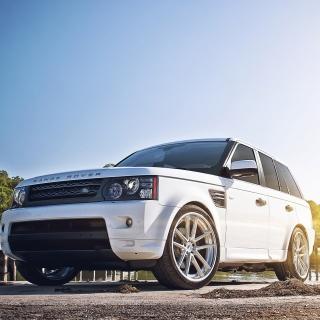 White Land Rover Range Rover - Obrázkek zdarma pro iPad mini 2