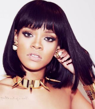 Beautiful Rihanna - Obrázkek zdarma pro 176x220