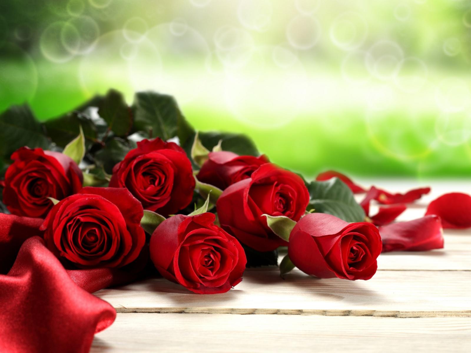 Картинка красные розы открытка