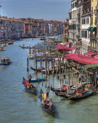 Venice Canals Painting - Obrázkek zdarma pro Nokia Asha 308