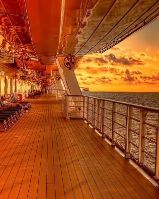 Sunset on posh cruise ship - Obrázkek zdarma pro 360x480