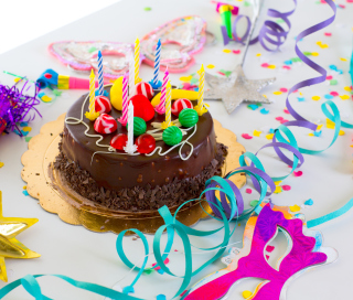 Birthday Cake With Candles - Obrázkek zdarma pro iPad mini