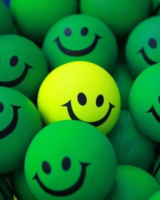 Smiley Green Balls - Obrázkek zdarma pro iPhone 4