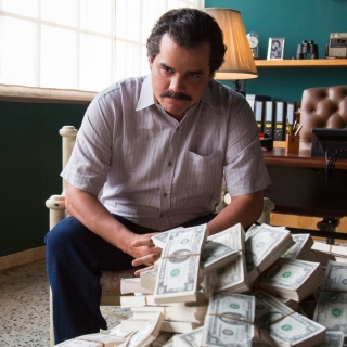 Narcos about Pablo Escobar TV Show - Obrázkek zdarma pro 1024x1024
