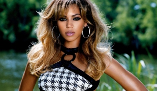 Beautiful Beyonce Wallpaper for Android, iPhone and iPad