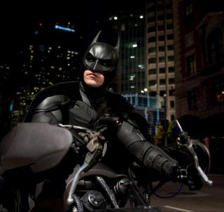 Batman on Batpod - Obrázkek zdarma pro 208x208