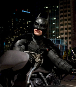 Batman on Batpod - Obrázkek zdarma pro 176x220