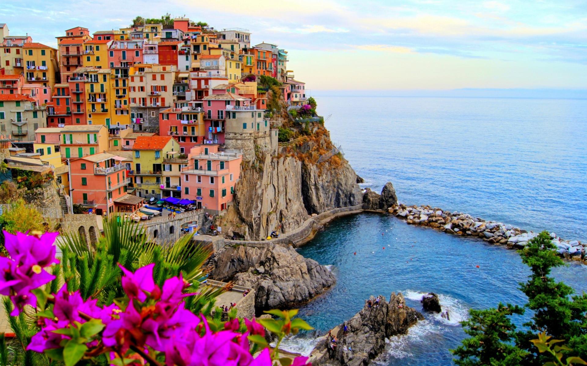 Monterosso al mare italy sfondi gratuiti per widescreen for Foto per desktop mare
