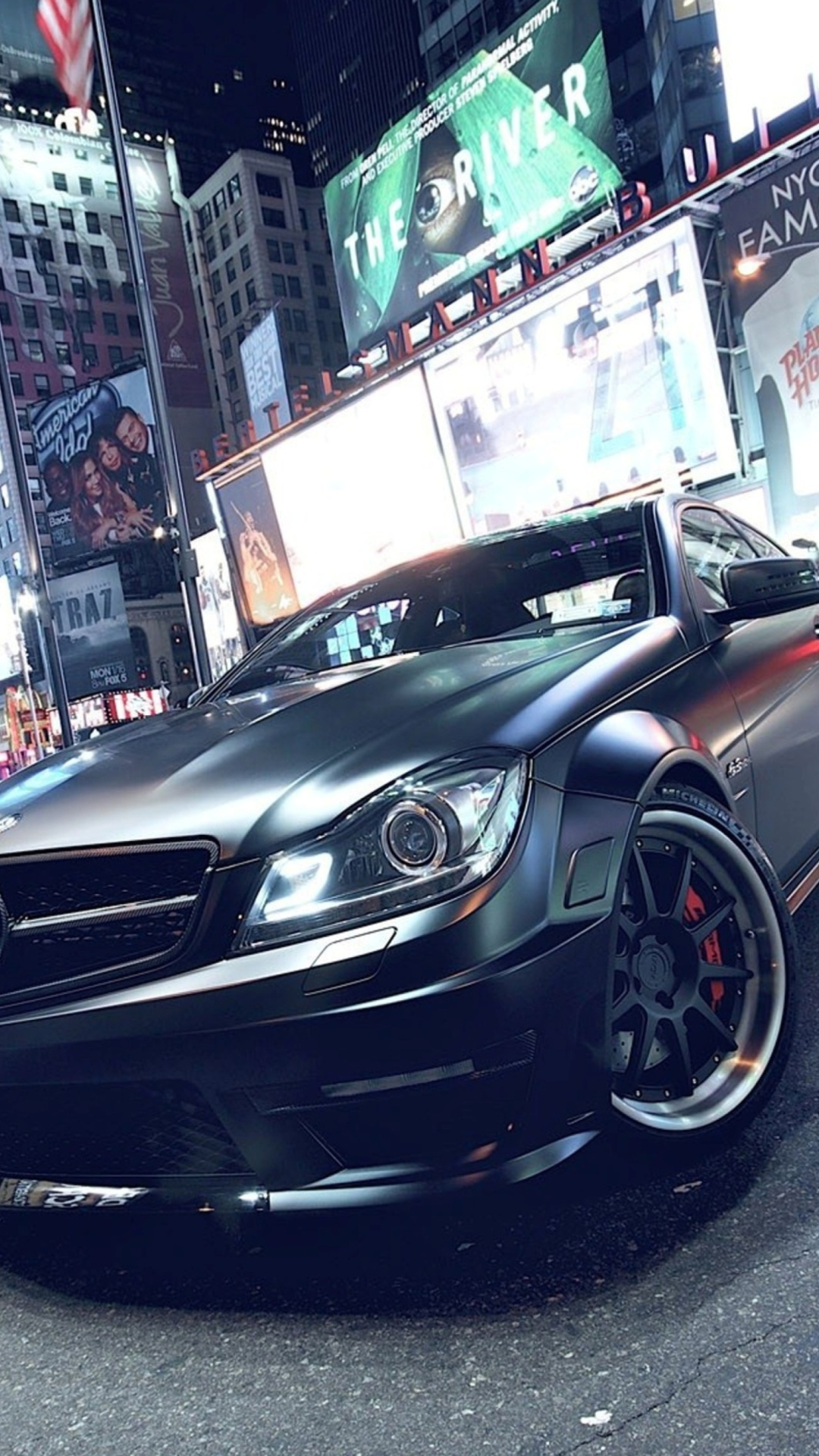 Mercedes-Benz C63 AMG Wallpaper for iPhone 6 Plus