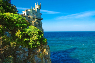 Swallows Nest Castle in Crimea Background for Android, iPhone and iPad