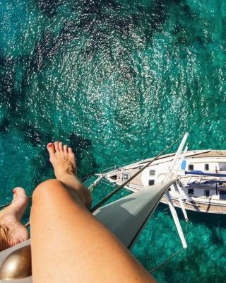 Crazy photo from yacht mast - Obrázkek zdarma pro Nokia Lumia 820