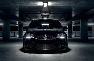 Volkswagen Golf in Parking - Obrázkek zdarma pro LG Optimus M