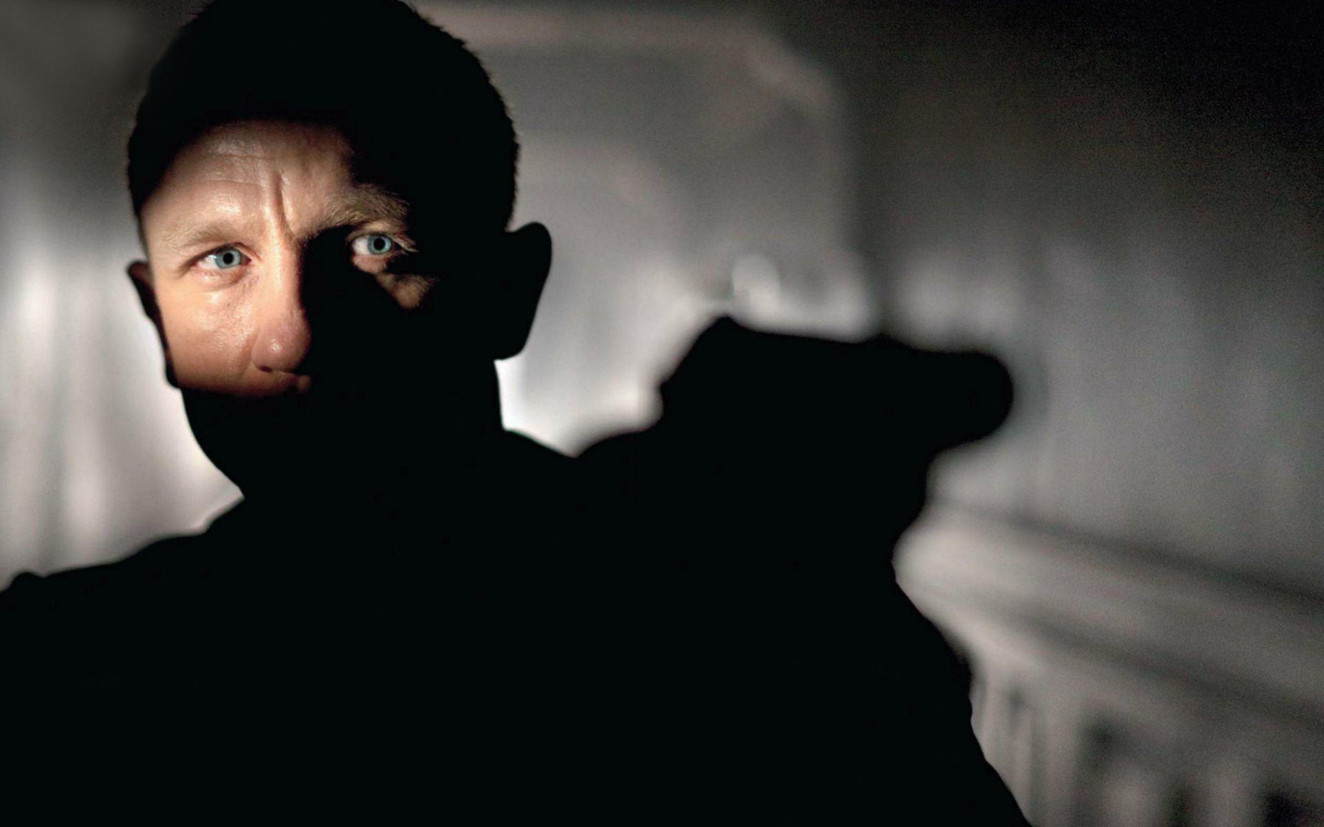 Daniel Craig As Agent 007 Wallpaper for Widescreen Desktop ...