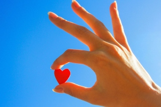 Little Red Heart - Obrázkek zdarma pro Nokia Asha 201