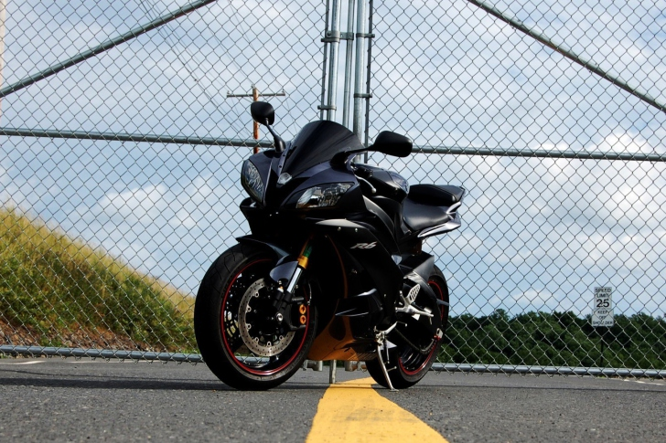 Yamaha R6 Wallpaper For Android, IPhone And IPad