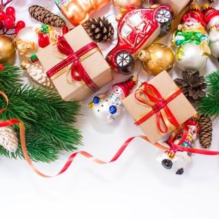 Christmas Tree Toys - Obrázkek zdarma pro iPad