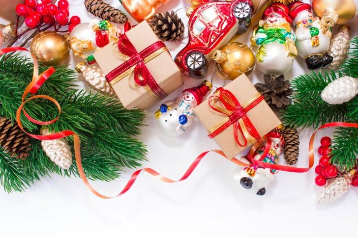 Christmas Tree Toys wallpaper