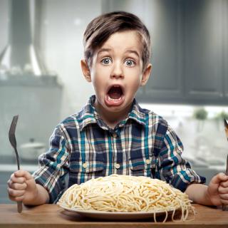 Child Dinner - Obrázkek zdarma pro 208x208