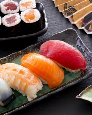Sushi with salmon, tuna and shrimp - Obrázkek zdarma pro Nokia C6-01