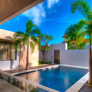 Swimming Pools Design Hotel - Obrázkek zdarma pro iPad mini 2
