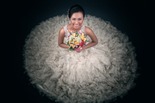 Free Happy Bride Picture for Android, iPhone and iPad