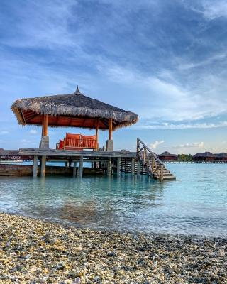 Tropical Maldives Resort good Destination - Obrázkek zdarma pro Nokia Asha 502