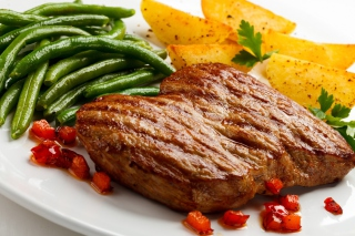 Steak and potatoes Picture for Android 480x800
