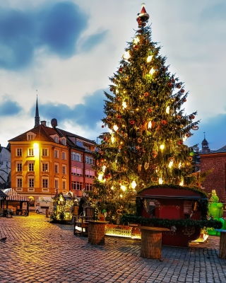 Free Riga Christmas Market Picture for Nokia C7
