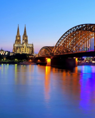 Free Cologne Cathedral HDR Picture for 240x320