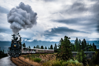 Free Steam Train Picture for Android, iPhone and iPad