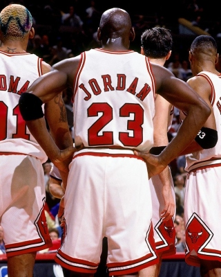 Chicago Bulls with Jordan, Pippen, Rodman Wallpaper for iPhone 3G
