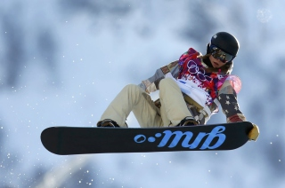 Kaitlyn Farrington American Snowboarder Background for Android 480x800