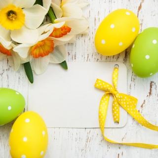 Обои Easter Yellow Eggs Nest на iPad mini