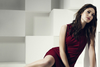 Emmy Rossum Wide HD Wallpaper Background for Android, iPhone and iPad