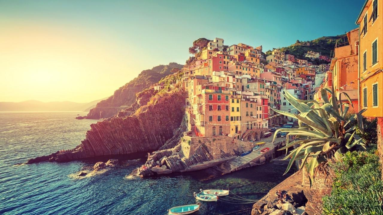 Riomaggiore Vacations