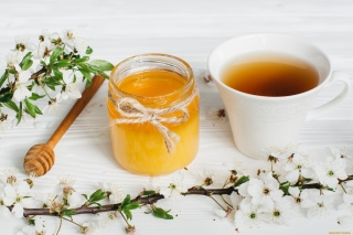 Free Honey and Tea Picture for 960x854