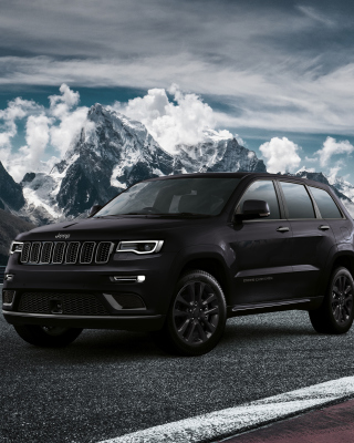 Jeep Grand Cherokee S 2018 Background for Nokia C1-01
