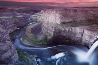 Palouse Falls Park in Washington Background for Android, iPhone and iPad