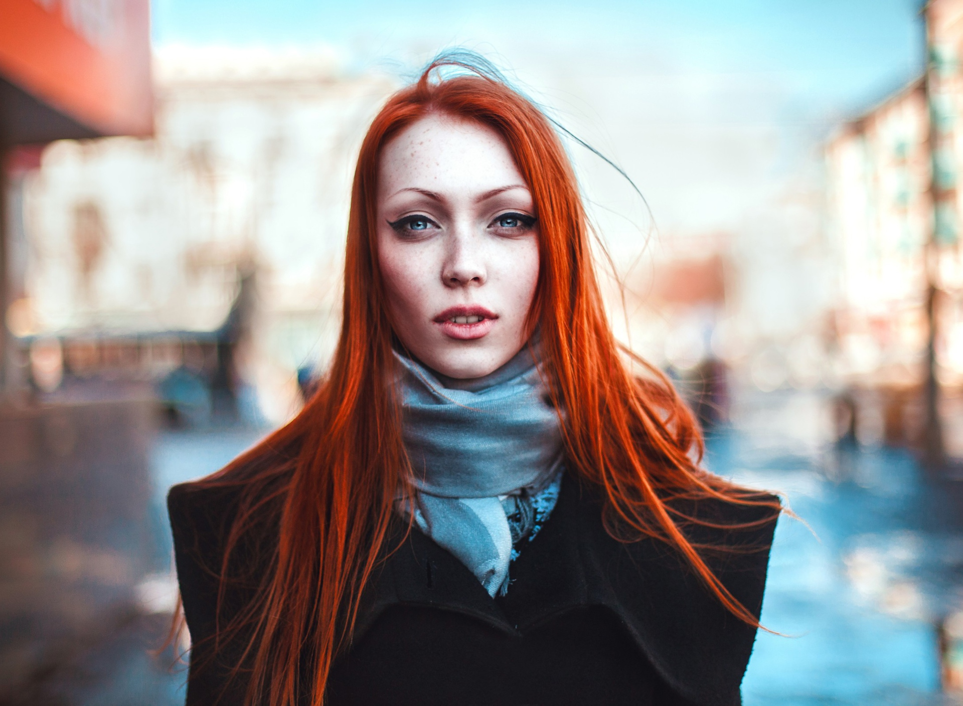 Screenshot №1 pro téma Gorgeous Redhead Girl 1920x1408
