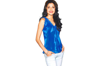 Free Anushka Sharma Picture for Samsung Galaxy Ace 3