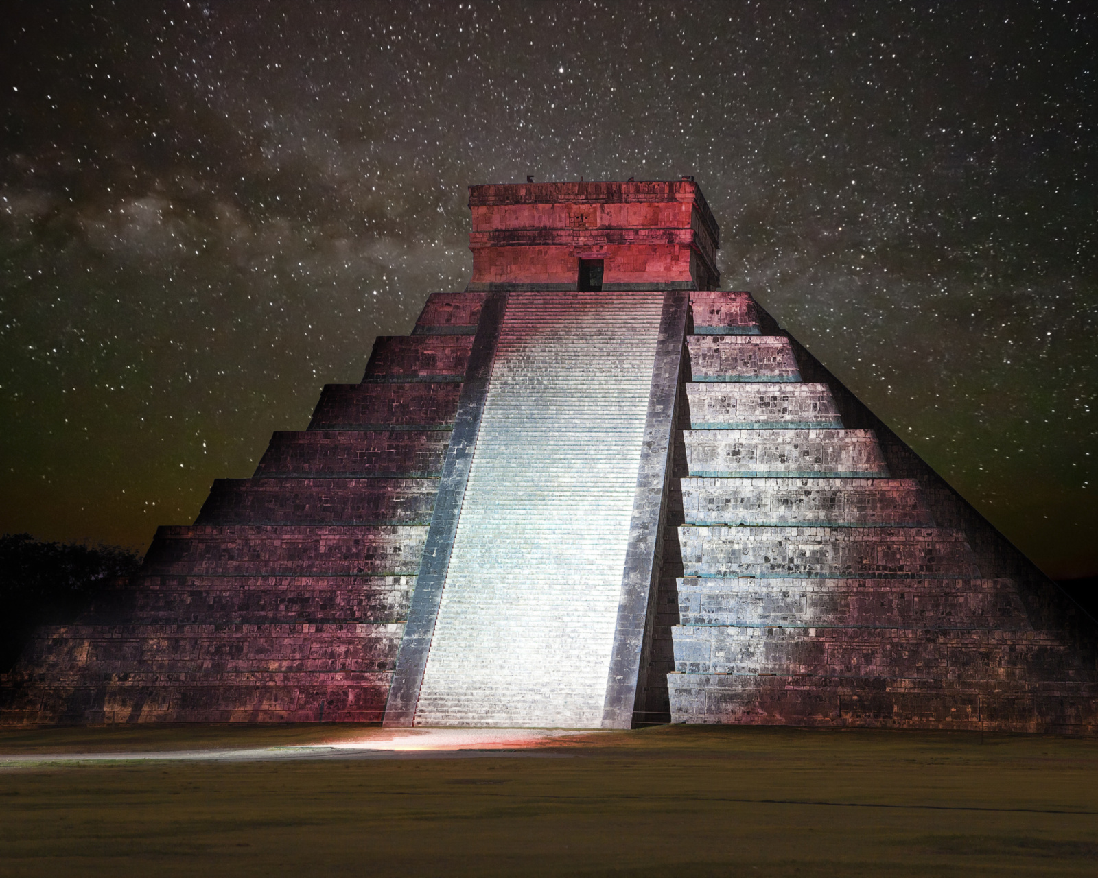 Screenshot №1 pro téma Chichen Itza Pyramid in Mexico 1600x1280
