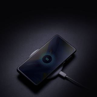 Xiaomi Mi Mix 3 with Wireless Charging - Obrázkek zdarma pro iPad Air
