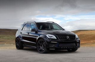 Mercedes-Benz ML Tuning Background for Android, iPhone and iPad