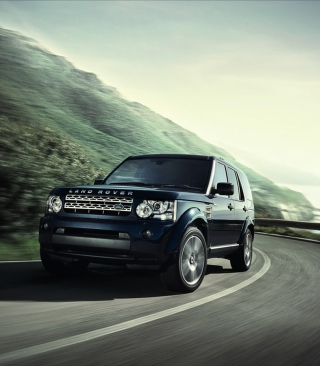 Land Rover Discovery 4 Background for HTC Titan