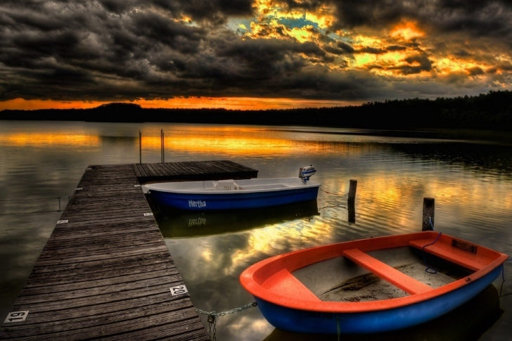 Обои Silent Evening Boats HD Wallpaper