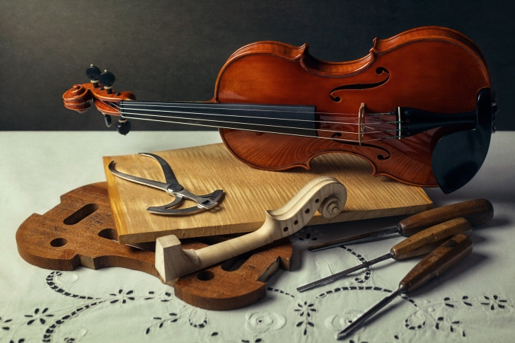 Violin making wallpaper